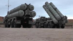 حظرت المجال الجوي قبالة البحر الأسود.. هل تمهد تركيا لاختبار منظومة إس-400 الروسية؟