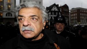 تجسست عليه الشرطة البريطانية عقودا.. رحلة الروائي والناشط اليساري طارق علي في الأدب والسياسة