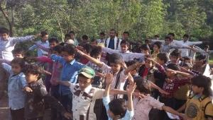 بسبب الازدحام والظروف المعيشية.. أطفال في صنعاء خارج أسوار المدارس (تقرير)