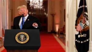 أميركا.. ترامب يتعرض لانتكاسة جديدة ويتمسك بنظرية التزوير وبايدن يصاب ويعين فريقا نسائيا بالبيت الأبيض