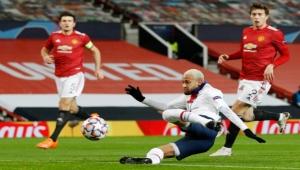 سان جيرمان يهزم مانشستر يونايتد بملعبه ويشعل المنافسة بالمجموعة الثامنة