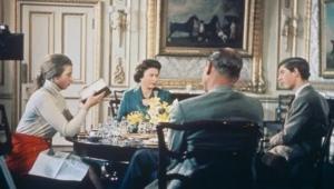 تم تصويره داخل القصر.. تسريب فيلم وثائقي لا ترغب ملكة بريطانيا في ظهوره