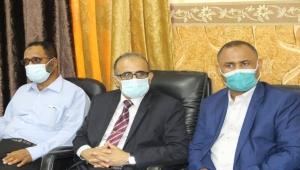 وزير الصحة يؤكد على توفير الاحتياجات الضرورية للمستشفيات والمرافق الصحية بحضرموت