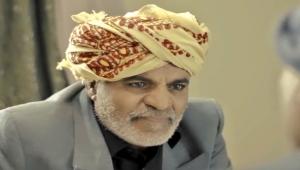 يمنيون ينعون الفنان عبد الكريم مهدي.. حياة حافلة قضاها بين الشاشة والشعر والمسرح