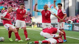 صدمة في أمم أوروبا.. سقوط مفاجئ لإريكسن يوقف مباراة الدانمارك وفنلندا