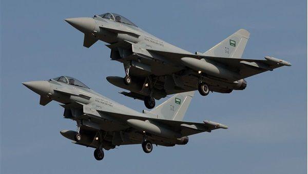مأرب : غارات عنيفة على مواقع الحوثيين بصرواح
