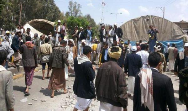 حجة : مليشيا الحوثي تحول مقرات وممتلكات خاصة بمنطقة عبس الى سجون خاصة منذ عام