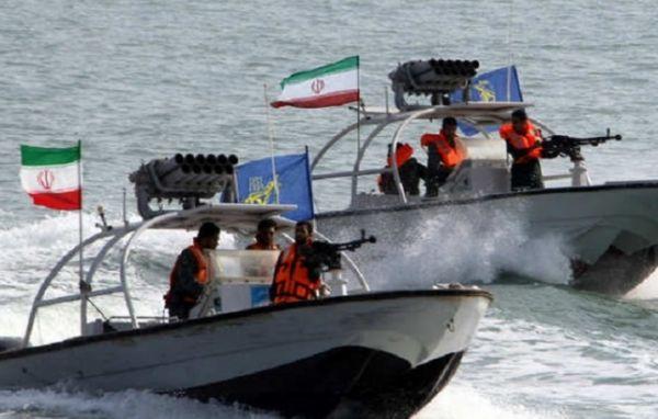 خفر السواحل السعودي يطلق النار على زورق إيراني ومقتل صياد