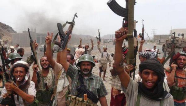 الإمارات تستنفر وكلاءها في اليمن لإجهاض دمج الوحدات العسكرية