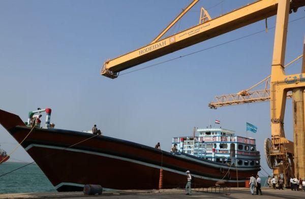ميناء الحديدة.. عين الإمارات على الممرات البحرية اليمنية