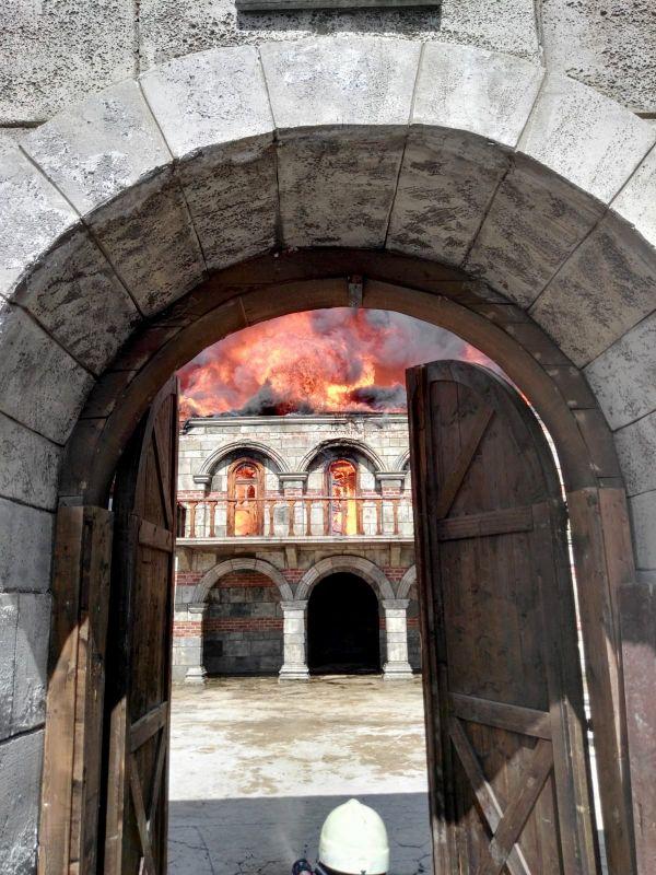 حريق في موقع تصوير المسلسلات التركية في اسطنبول