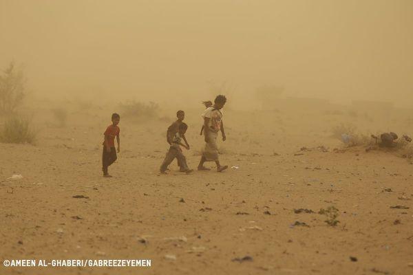 أوكسفام : نزوح أكثر من ثمانين ألف شخص من منازلهم في الحديدة