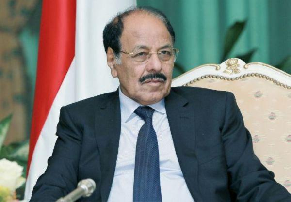 الأحمر: انتصارات الجيش تثبت عزم اليمنيين في الحفاظ على هويتهم ومشروعهم الجمهوري