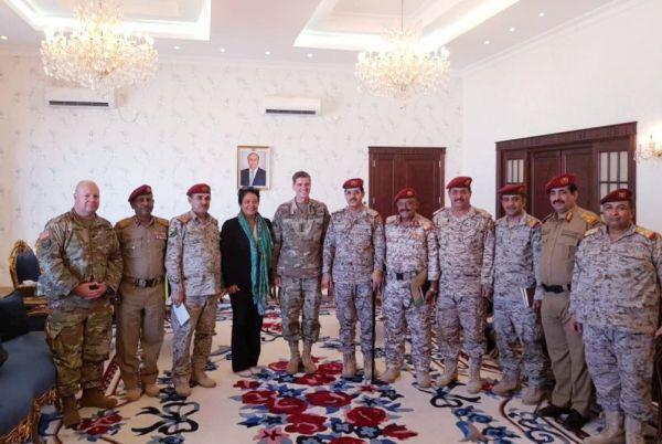 زيارات ولقاءات فوق العادة لرئيس الأركان..  ضغوط أمريكية أم رغبة سعودية؟