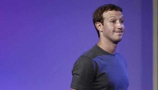 فيسبوك.. زوكربيرغ في عين العاصفة