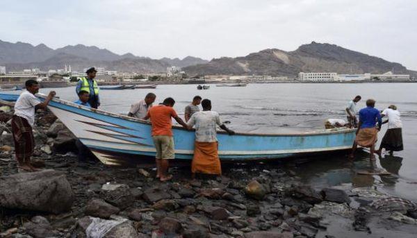 العثور على صيادين اثنين فقد قاربهما منذ يوم ونصف في أرخبيل سقطرى