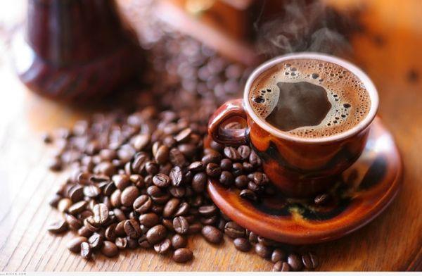 شرب القهوة يمكن أن يقلل من خطر الإصابة بألزهايمر و