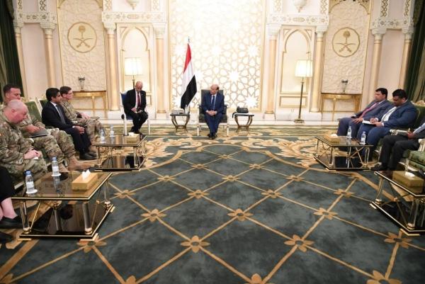الرئيس هادي: متفقون مع أمريكا في الأهداف الإستراتيجية لمواجهة التحديات