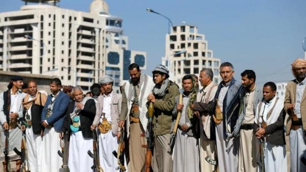 اتهامات حكومية للحوثيين بمحاولة تجزئة ملف الأسرى