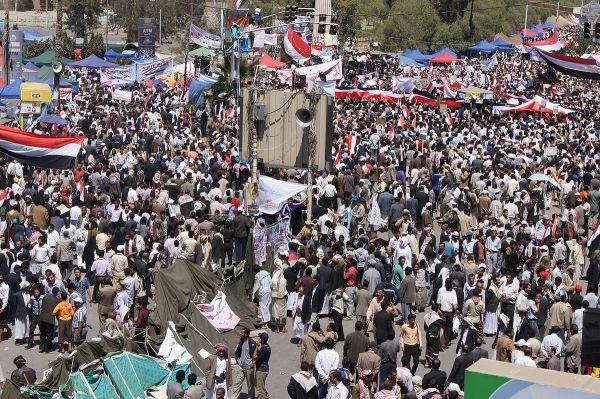 يحيى الأحمدي يكتب للموقع بوست عن: ثورة فبراير.. الانطلاق والإنجاز والتحديات