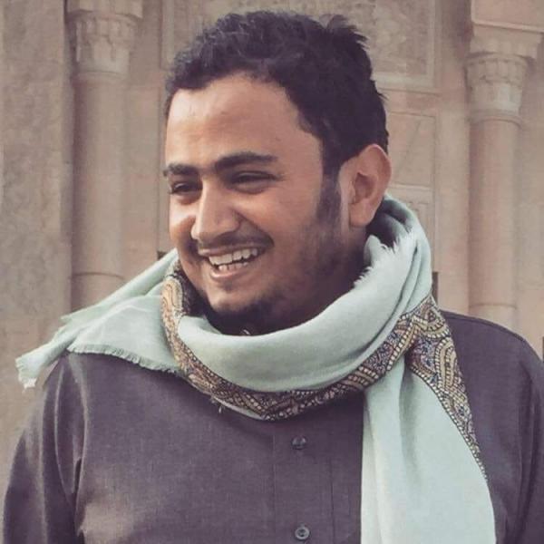 وفاة صحفي يمني غرقا في البحر أثناء محاولته الهجرة إلى أوروبا