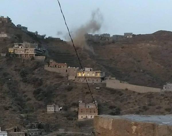 الحوثيون يفجرون قرية بالكامل في حجور والحكومة تستغرب صمت المجتمع الدولي