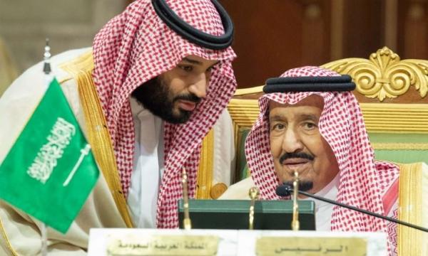 """""""الغارديان"""": تزايد القلق من خلاف بين الملك سلمان وولي العهد"""