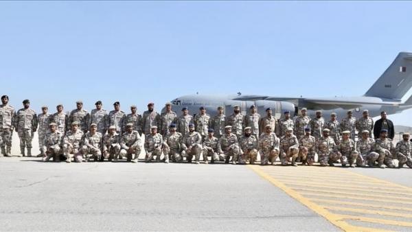 السعودية تُكرم قوة عسكرية قطرية مشاركة بـ