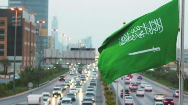 الصندوق السيادي السعودي يبحث قرضا مؤقتا يصل إلى 8 مليارات دولار