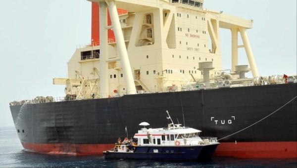 من خرب السفن بمياه الإمارات ولماذا؟.. محللون يستعرضون السيناريوهات