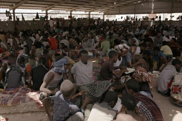 مجلة كورية: المهاجرون الأفارقة في اليمن بين سوء المعاملة والتجنيد (ترجمة خاصة)