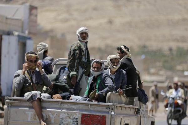 جماعة الحوثي تستكمل السيطرة على جبهتي حمك والعود بالضالع