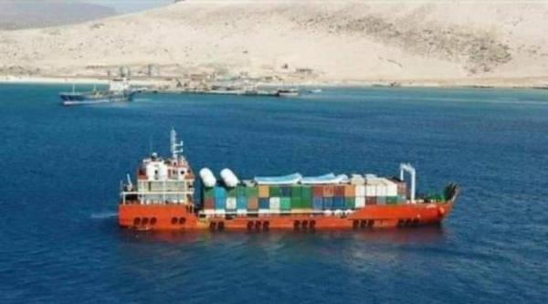 الجزيرة: الحكومة سلمت آليات عسكرية إماراتية للانتقالي في سقطرى بطلب سعودي