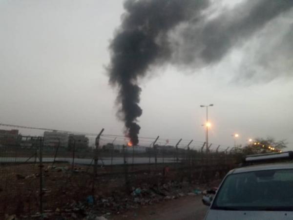 إندلاع حريق في محطة للوقود بعدن