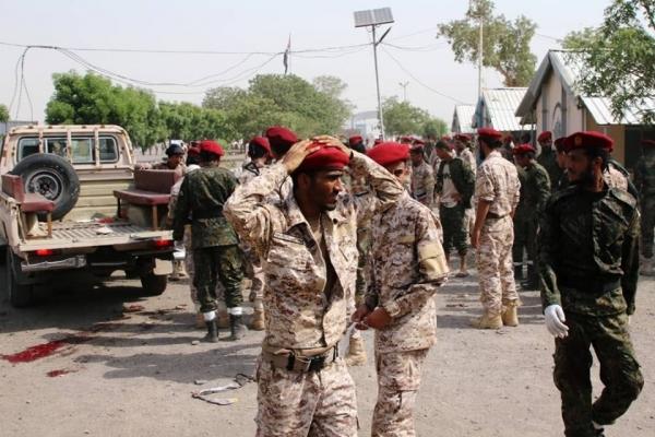 رسائل مزدوجة.. ماذا يعني قصف الحوثيين لأتباع الإمارات في عدن؟