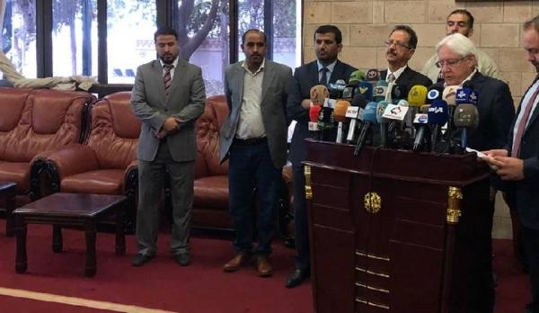 جريفيث: عقدت لقاءً جيدا مع ناطق الحوثيين في مسقط