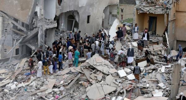 مقتل خمسة مدنيين من أسرة واحدة بغارة للتحالف في عمران