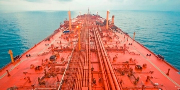 باخرة صافر.. قنبلة موقوتة توشك على الانفجار في البحر الأحمر (فيديو)