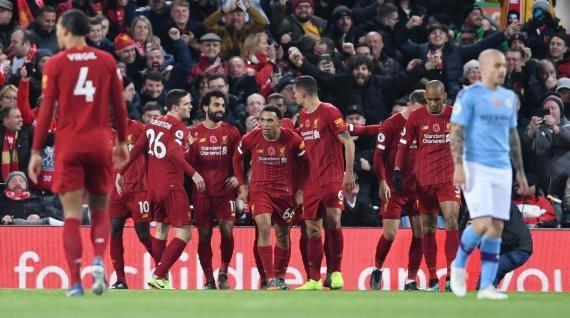 ليفربول يصعق مانشستر سيتي ويغرد بعيدا بقمة البريميرليغ