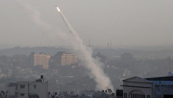 التصعيد في غزة.. مباحثات معقدة لإبرام تهدئة وثلاثة شروط للمقاومة