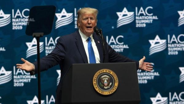 ترامب يهدد الفلسطينيين ويتفاخر بما قدمه لإسرائيل: وعدت وأوفيت