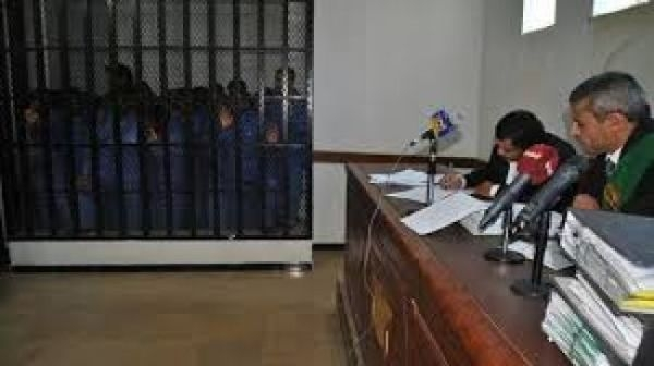 محكمة حوثية تحكم بإعدام أربعة من المختطفين في سجونها