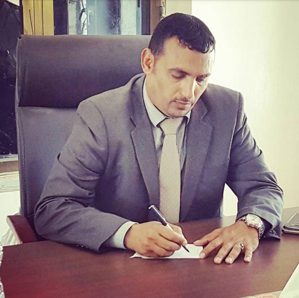 محافظ سقطرى يؤكد على أهمية الاهتمام بالأدب السقطري
