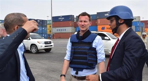 سياسة مزدوجة.. ما الذي تريده بريطانيا من اليمن؟ (تقرير خاص)