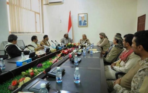 وزير الدفاع يدعو إلى النفير العام والتوجه نحو صنعاء