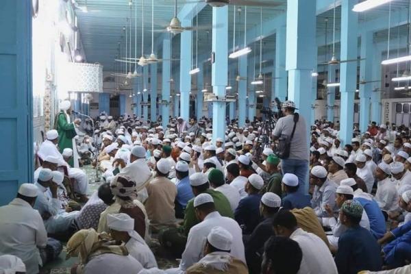 جدل واسع إثر تعليق الصلاة بمساجد حضرموت والصوفيين يقولون