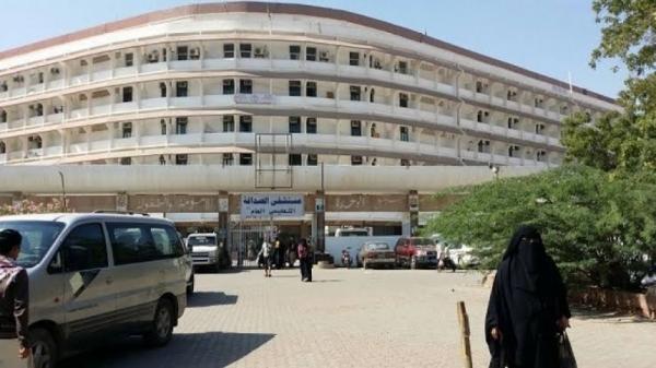 تخوفا من كورونا وانعدام أدوات السلامة.. مستشفيات تغلق أبوابها في عدن