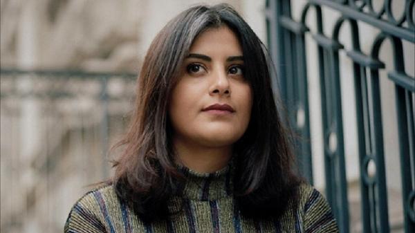 """معتقلي الرأي"""" يطالب الرياض بكشف وضع الناشطة لجين الهذلول"""