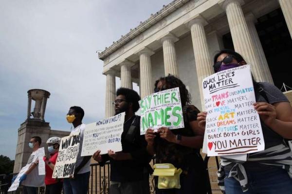 البنتاغون يتوقع حشودا هائلة.. مظاهرات جديدة أمام البيت الأبيض تطالب بالعدالة لجورج فلويد