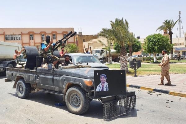 """ليبيا.. الجزائر تستقبل عقيلة صالح وحكومة الوفاق ترحب بحل سياسي """"مشروط"""""""